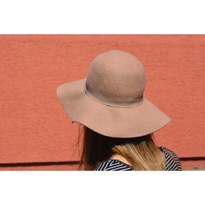 Wool Floppy Hat Camel Color